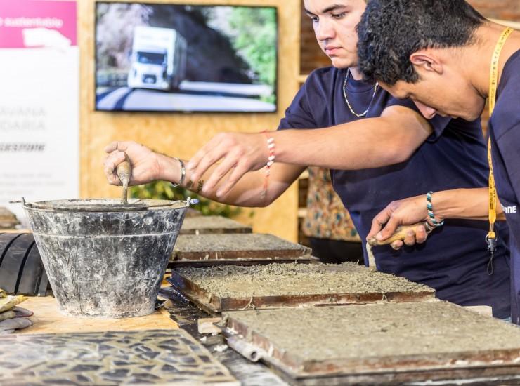 Baldosas recicladas en Viví Sustentabilidad 2016 - Bridgestone Argentina (3)