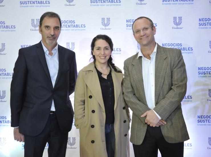 (De izq a derecha) Miguel Kozuszok, Narda Lepes y Gonzalo Muñoz