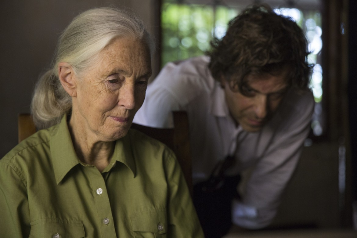 Jane Goodall and award-winning director Brett Morgan during production of Jane in Tanzania. (photo credit: National Geographic/David Guttenfelder)